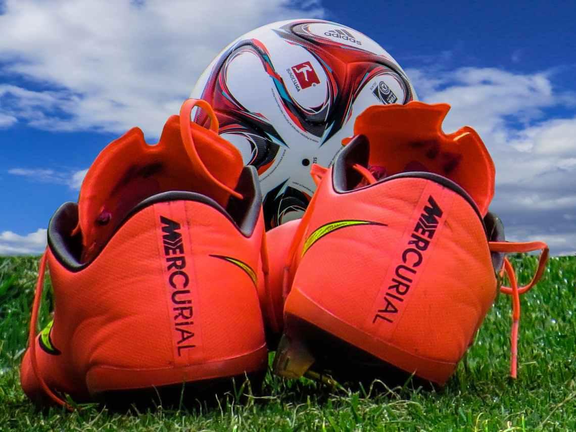 sky grass sport ball